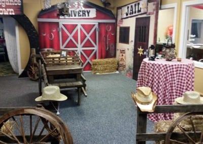 western-theme-decorations-2-900x506