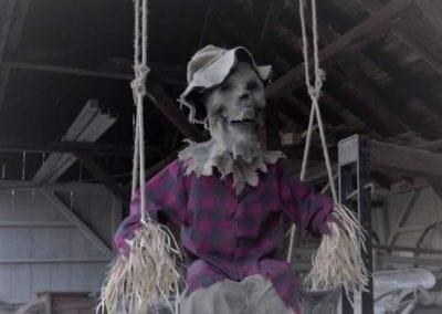 halloween-party-rental-virginia-fredericksburg-swing-scarecow