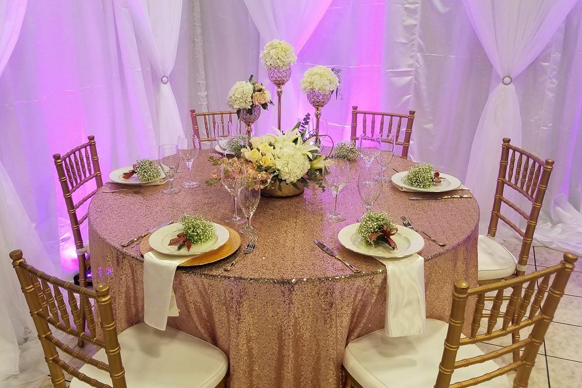 table-linen-rental-sequin-gold-20170813_104307-1200x800-50