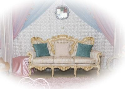 furniture-rental-antique-sofa
