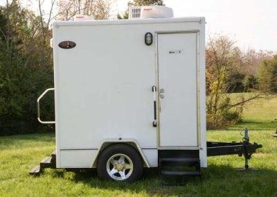 portable-restroom-portapotty-2-station-outside-alt