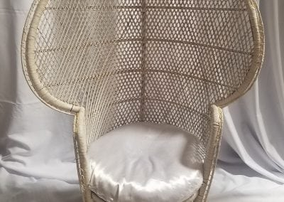 Rental-Wicker Chair-Decor