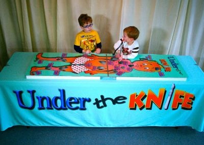 giant-operation-rental-under-the-knife-kids