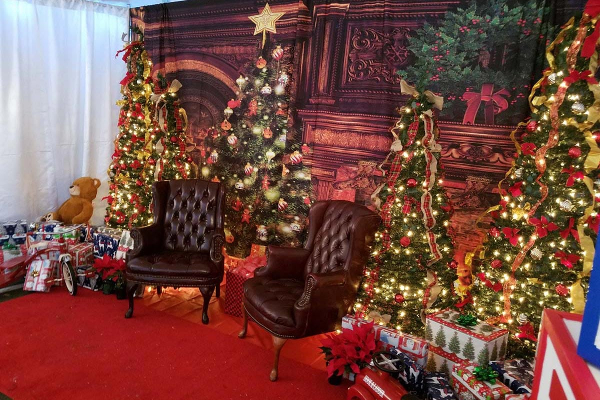 christmas-party-decoration-rental-virginia-20171216_105120-1200x800