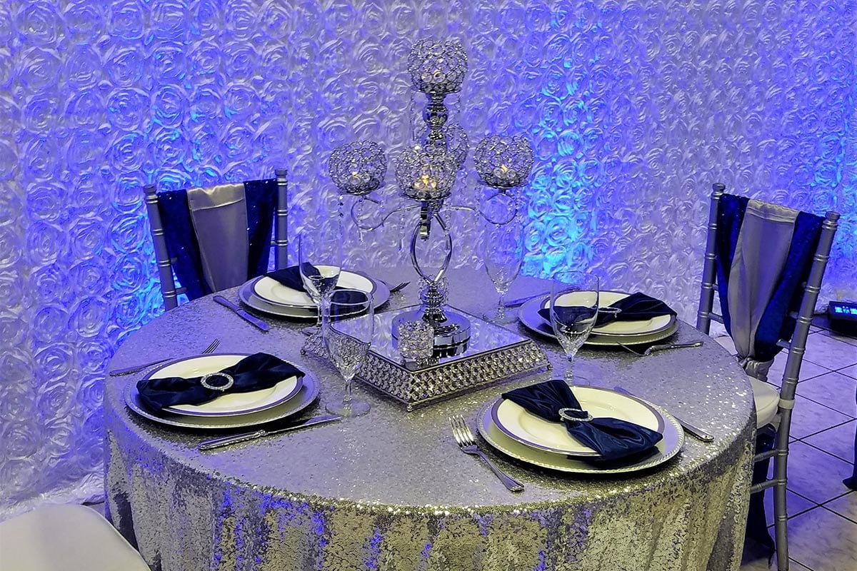 centerpieces-chandelier-rental-wedding-reception-20180218_110443-1200x800-50