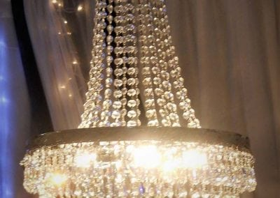 chandelier-rental-reception-party