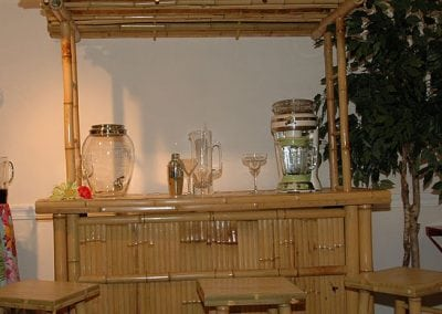 furniture-rental-tiki-bar